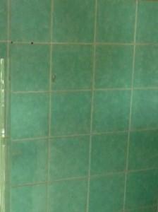Miroir propre après lavage au vinaigre blanc