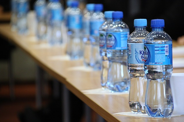 bouteilles-en-plastique-pet-01