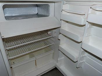 nettoyage colo du frigo au vinaigre d 39 alcool consommer durable. Black Bedroom Furniture Sets. Home Design Ideas