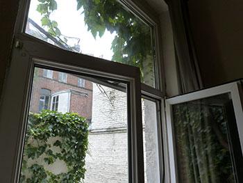 maxkite nettoyer les vitres au savon noir. Black Bedroom Furniture Sets. Home Design Ideas