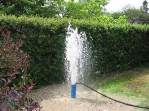 Peut on utiliser l 39 eau de son puit en creuser un for Prix forage eau potable